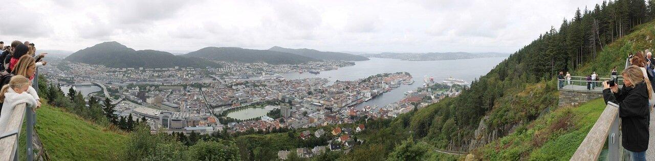Берген, обзорная площадка на горе Флейн. Bergen, Mount Floyen viewing platform, panorama