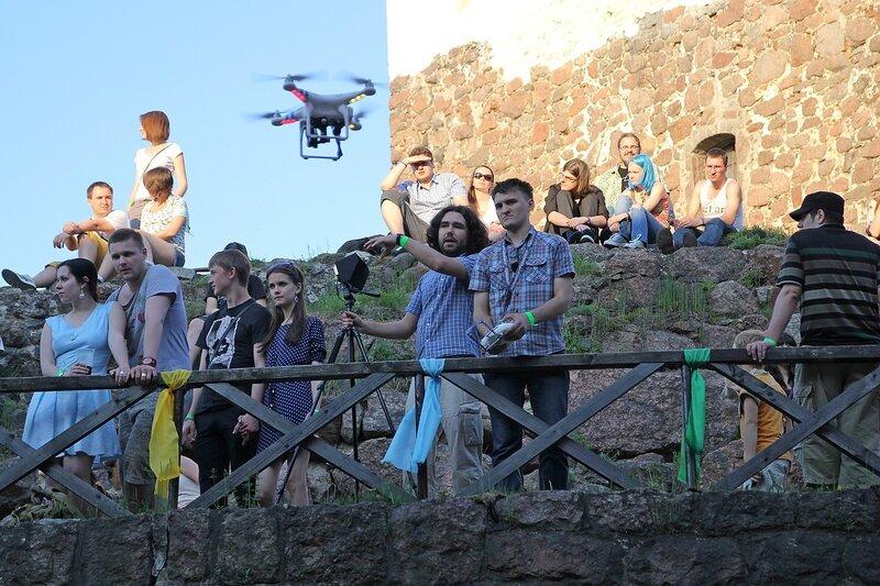 квадрокоптер с камерой на фестивале «Майское дерево 2014»