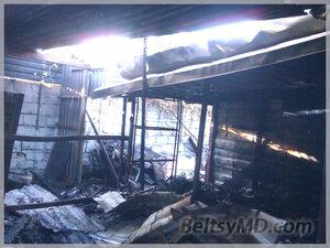 Пожар в Бельцах — на строительном рынке «Твой дом»