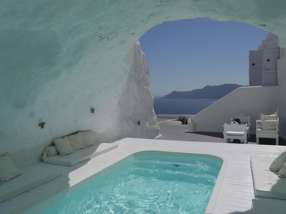 Сеть бутик-отелей Katikies Hotels в Санторини, Греция