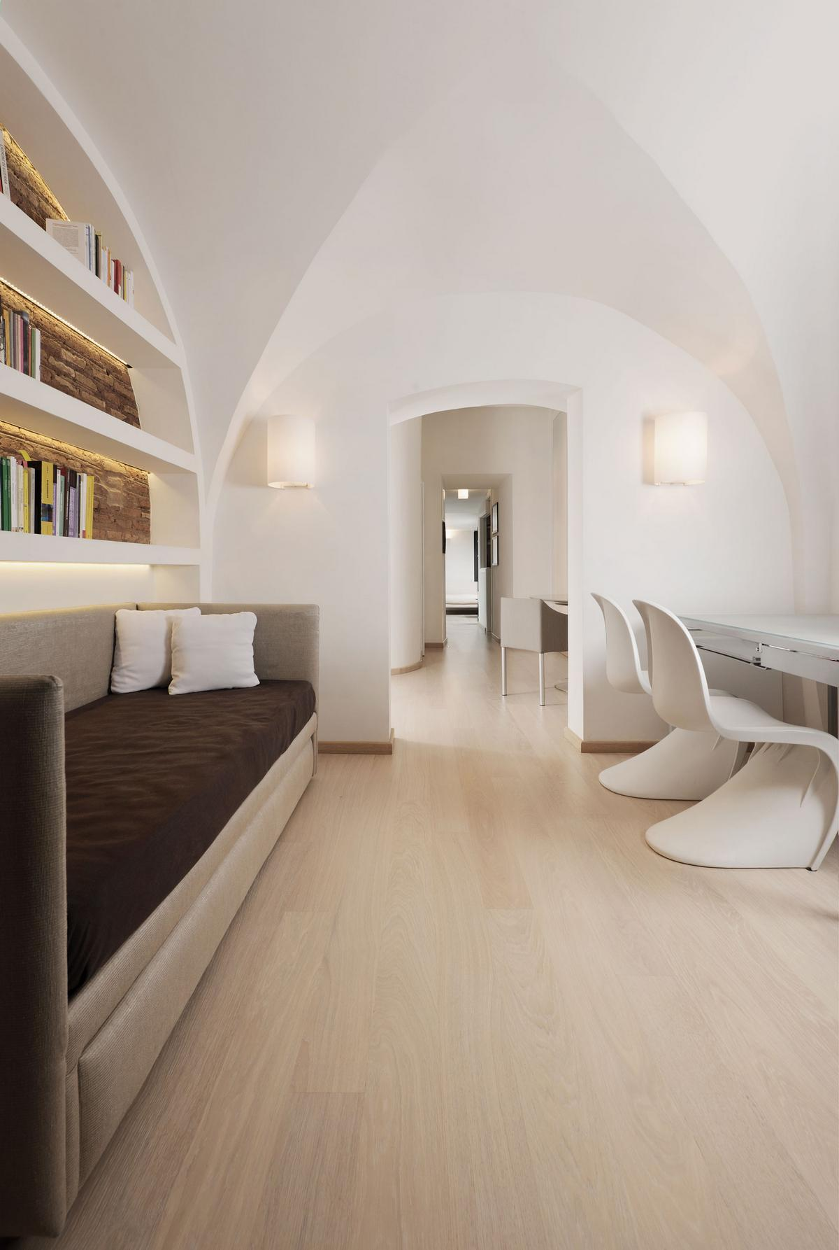 Carola Vannini Architecture, Poetic Apartment, квартира в Риме, недвижимость в историческом районе Рима, апартаменты в Италии, дизайн в стиле минимализма