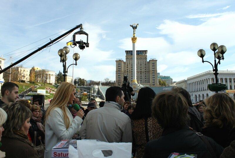 Караоке для взрослых на Майдане Неазежности