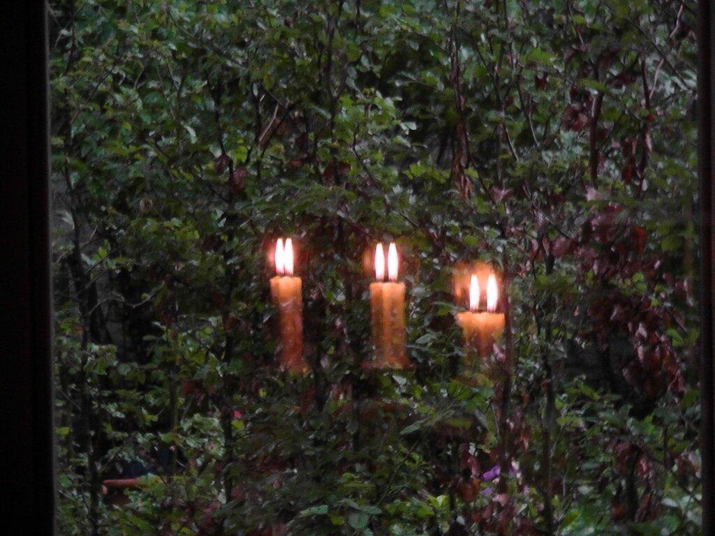 Три свечи в Антверпене