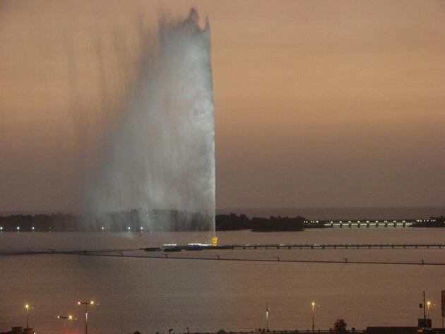 Фонтан Фахда. Джидда, Саудовская Аравия