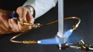 Создана факельная система, генерирующая пламя из воды