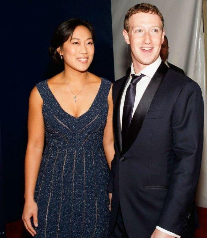 Марк Цукерберг не хочет с заботами о Facebook забыть о романтике, поэтому во время заключения брака