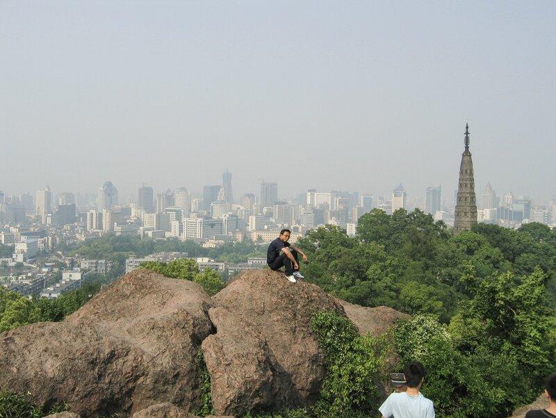 Красные камни горы Баоши и пагода Баочу, Ханчжоу