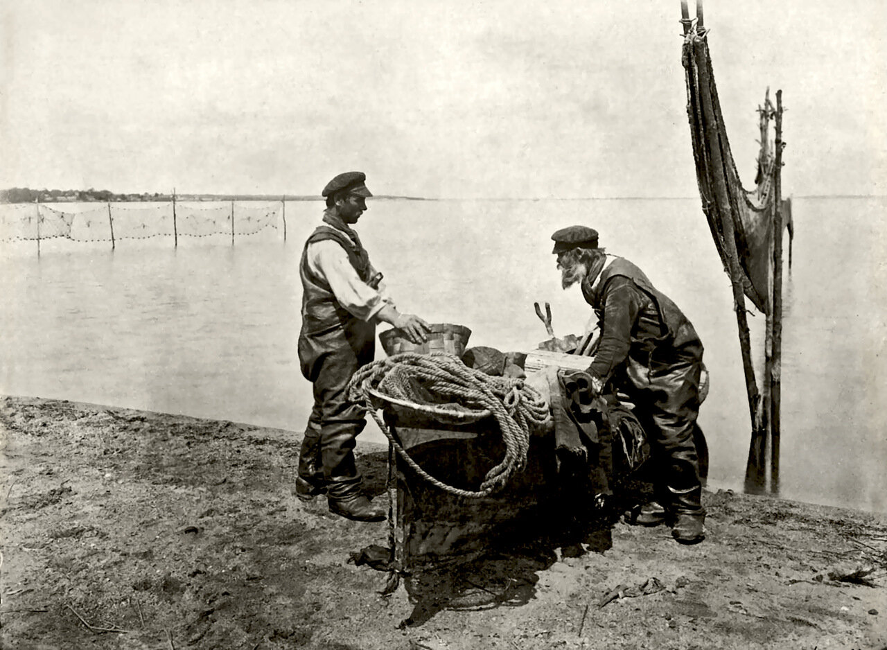 Осташковские рыбаки.