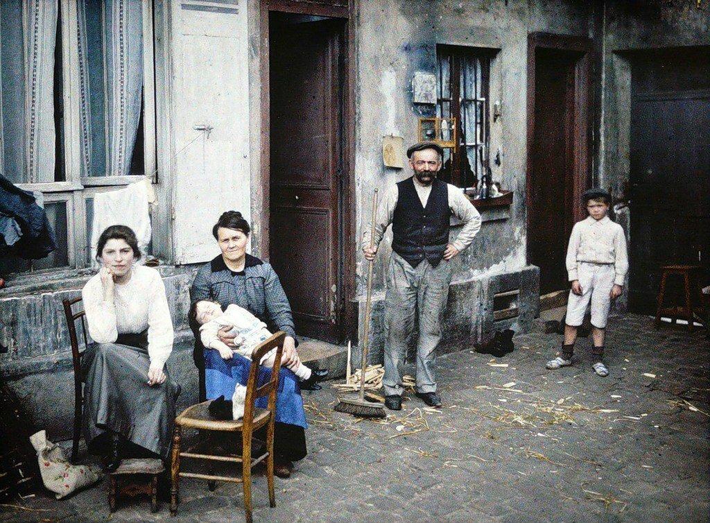 1914. На улице Рю-дю-Пoт-де-Фер