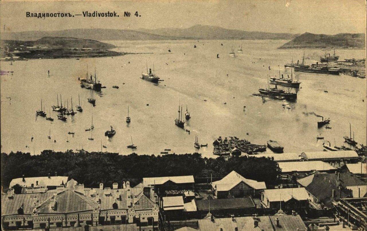 Общий вид на гавань