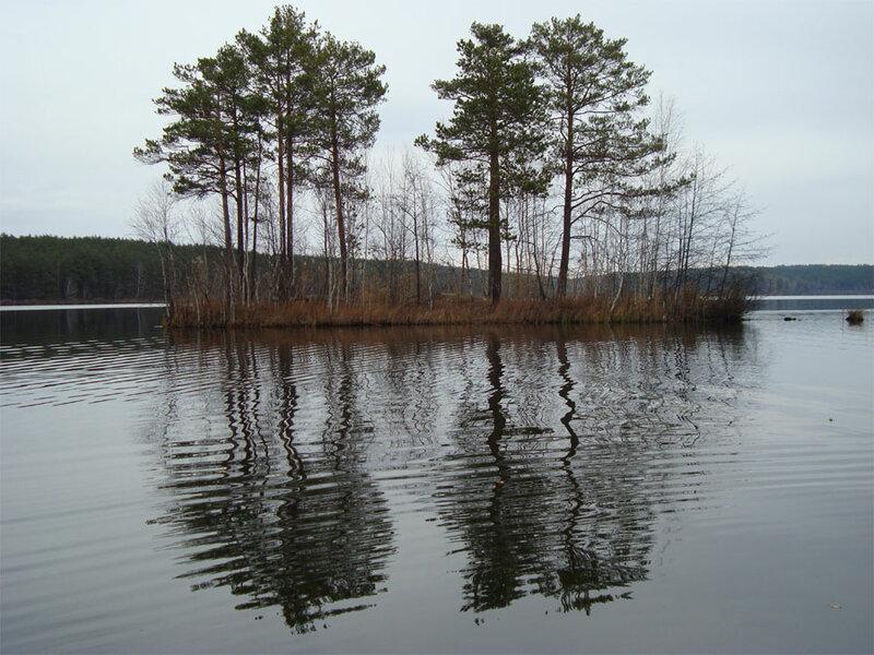 Острова на озере (15.05.2013)