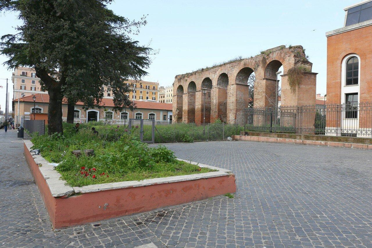 Рим. Фрагмент городской стены (Via Pepe Guglielmo)
