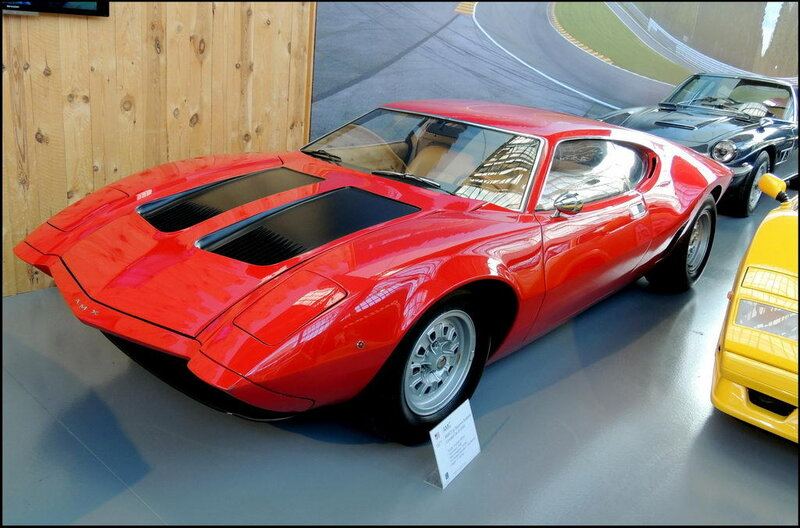 Autoworld 8380 AMC AMX-3 Bizzamini Sciabola Concept car 1971.JPG