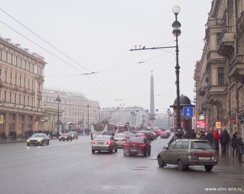 Площадь Восстания. Я к ней сразу не пошёл, а свернул в сторону, на Пушкинскую улицу.