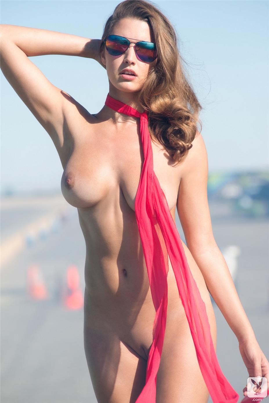 Девушка месяца, Мисс июль Алисса Арс / Alyssa Arce - Playboy USA July-August 2013