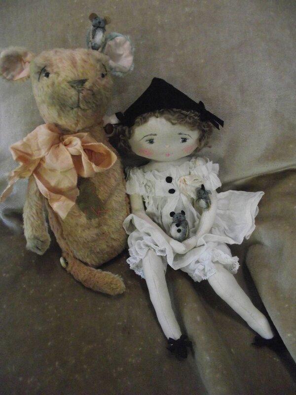 кукла с медведем