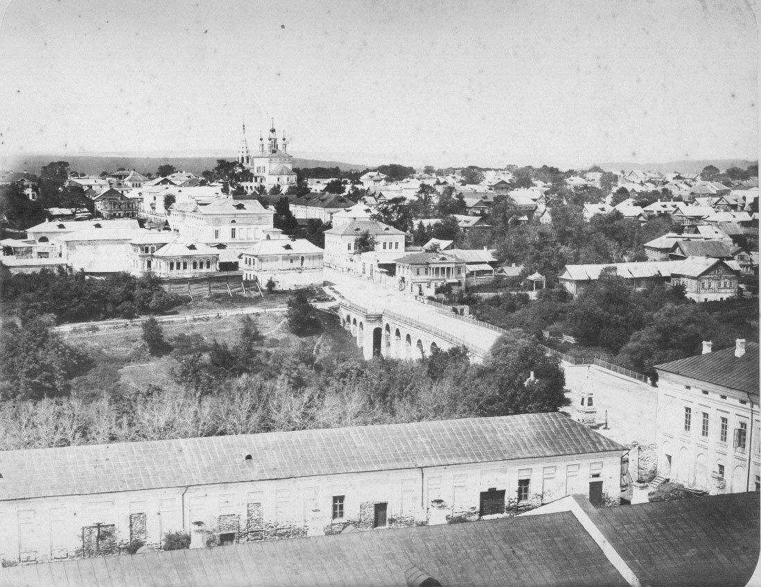 Вид на город со стороны губернского Правления и присутственных мест