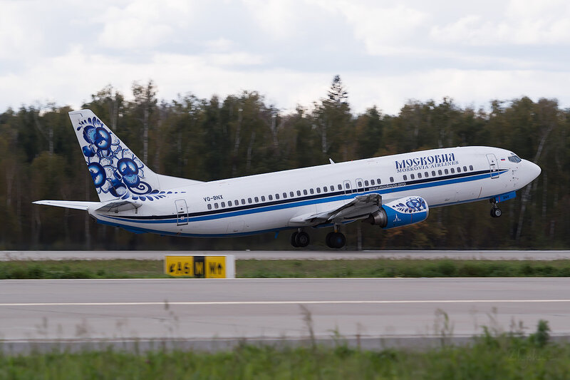 Boeing 737-484 (VQ-BNX) Московия D802876
