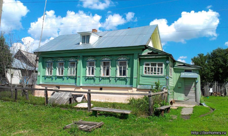 Жилой деревенский дом