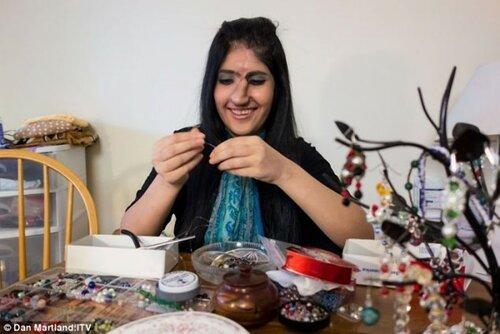 Афганской девушке сделали новый нос