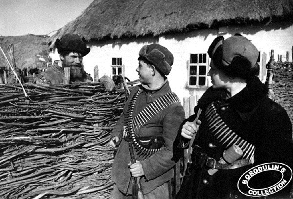 Юные партизаны Смоленщины. 1942.