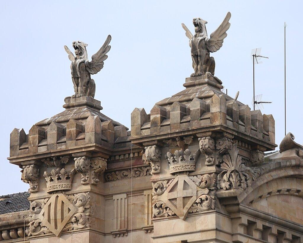 Барселона. Здание портовой таможни