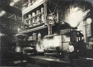 Производство бессемеровской стали.