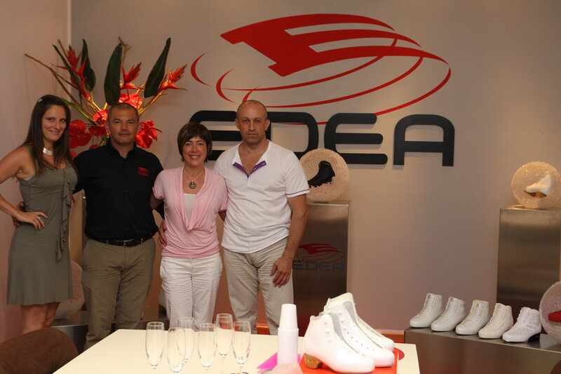 Руководитель компании Twizzle (Россия) и руководитель компании Edea (Италия) госпожа Сабрина Мерло  в офисе   компании Edea (Италия). border=