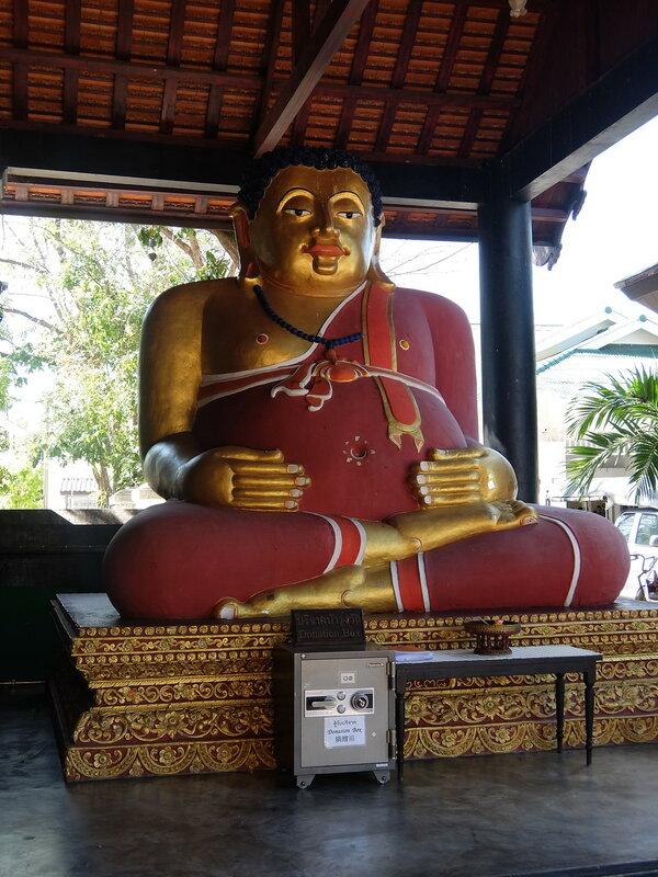 Чиангмай - Статуя