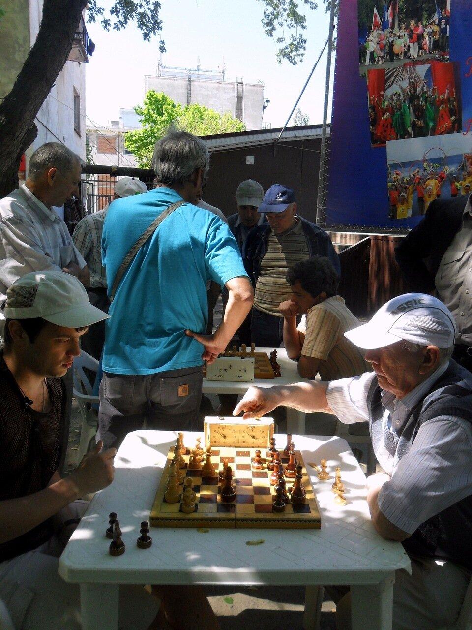В игре, в боях шахматной реальности ... SAM_5862.JPG