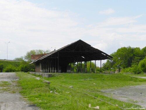 Товарный двор в городе Беслан