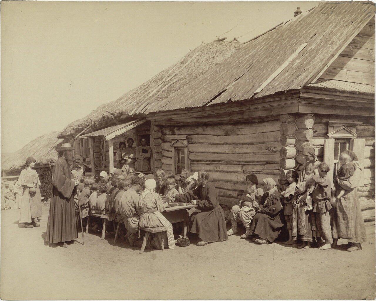 Народная столовая в селе Черновском Сергачского уезда
