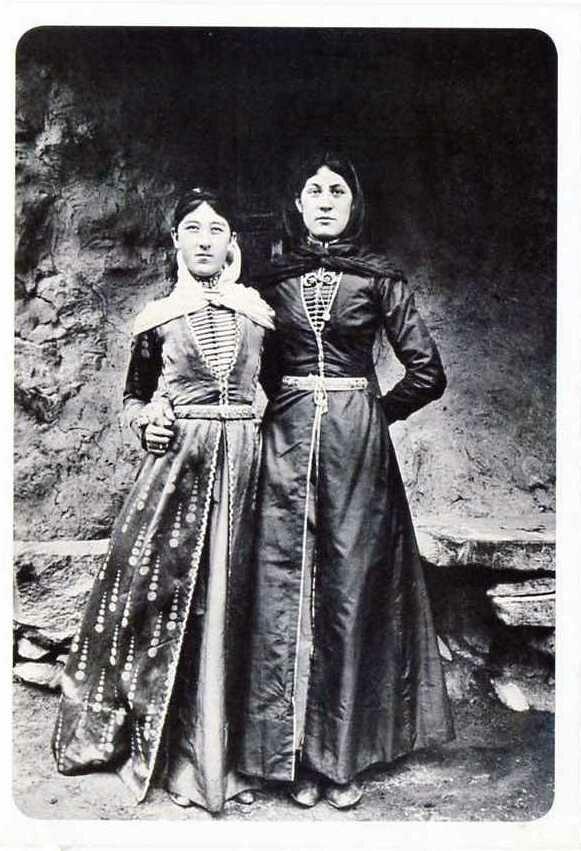 Балкарки. Хуламо-Безенгийское ущелье. 1916.