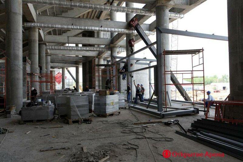 Монтаж металлической фермы покрытия стадиона «Открытие Арена» (Фото)