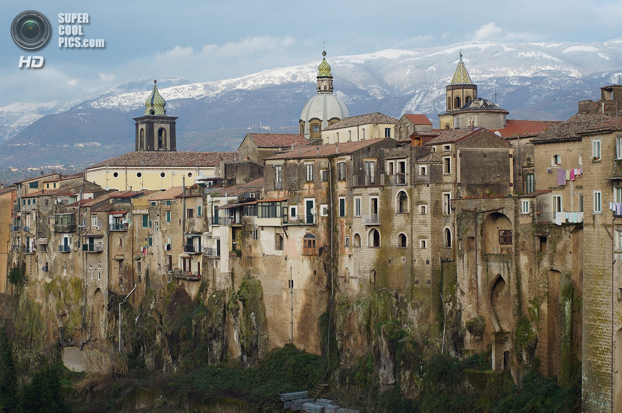 Коммуна Сант'Агата-де'-Готи (Sant'Agata de' Goti)