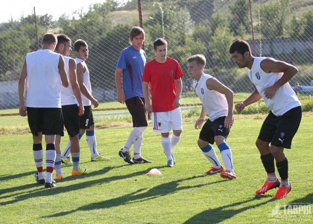 Тренировка Таврии U-21
