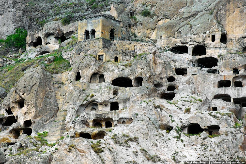 Картинки по запросу Пещерные города Армении