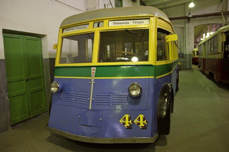 Троллейбус ЯТБ-1 №44 в музее городского электрического транспорта IMG_8757