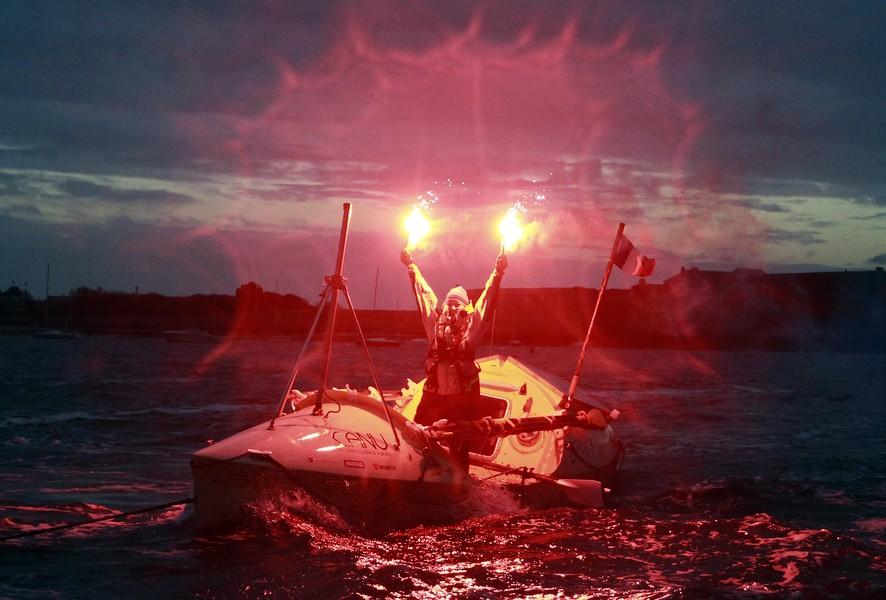 Первая женщина из Северной Америки, в одиночку переплывшая Атлантический океан за 140 дней