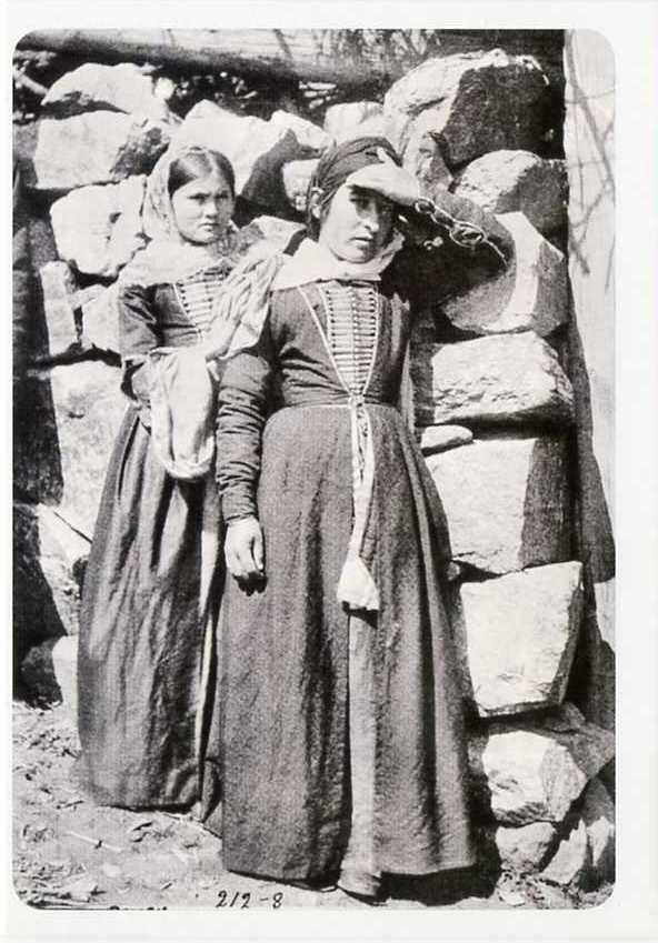 Балкарские девушки. Конец XIX века.