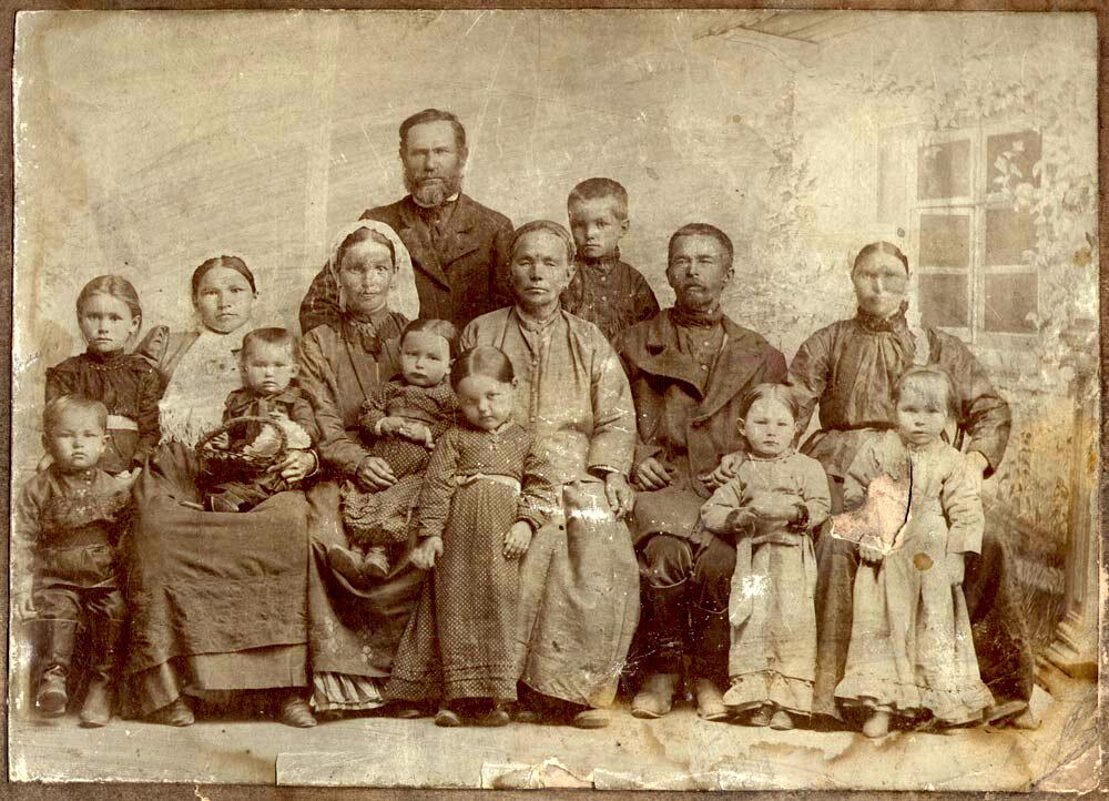 Секс взрослых баб с мальчиками в деревне фото 58-789
