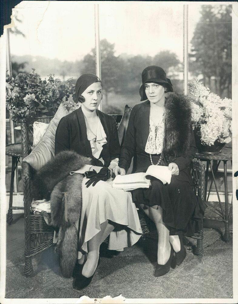 1931. Актриса Этель Бэрримор с дочерью