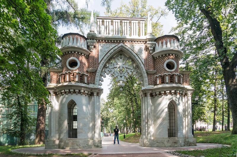 Виноградные ворота в Царицыно