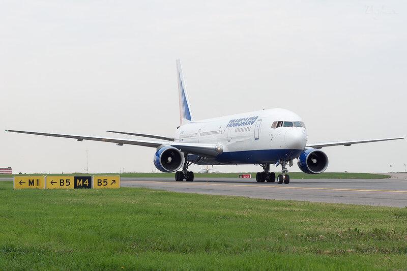 Boeing 767-3Q8/ER (EI-DBF) Трансаэро DSC2130
