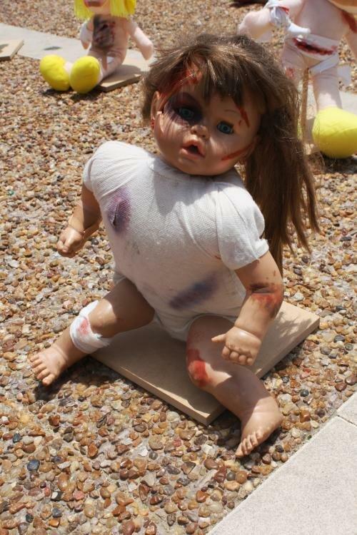 Куклы с проломленными черепами