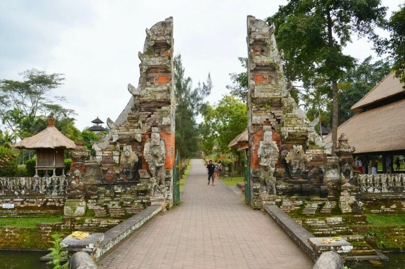Дорога к Храму Таман Аюн (Бали)