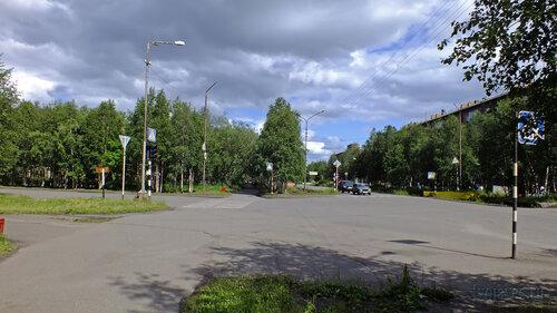 Фото города Инта №5114  Перекрёсток улиц Дзержинского и Куратова 14.07.2013_13:43