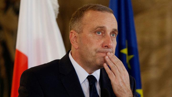 Руководитель МИД страны порекомендовал президенту следить засловами— Скандал вПольше