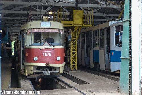 Трамвай МТТЧ  в депо в Нижнем Новгороде