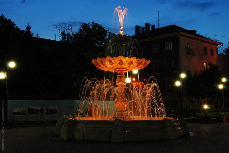 """Белгород, фонтан """"Пасхальный"""", фото Alexander del Sanchess, 2013"""
